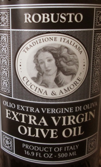 close up of Cucina & Amore Robusto Extra Virgin Olive Oil bottle